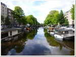 Life on an Amsterdam canal