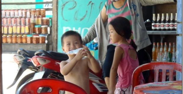 Roadside stall, Vietnam
