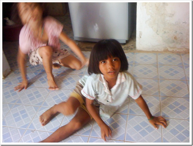 Wrestling girls, Cambodia