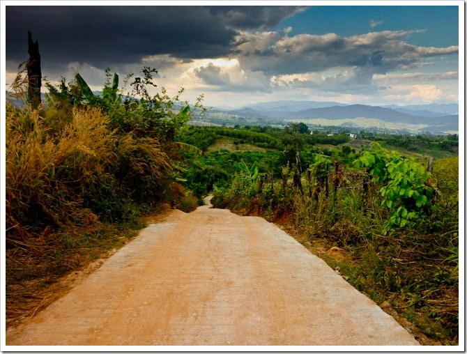 Rainclouds and the road to nowhere, Pai
