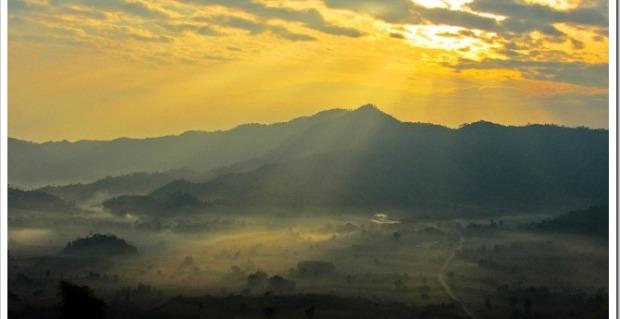Sunrise in Phu Lang Ka