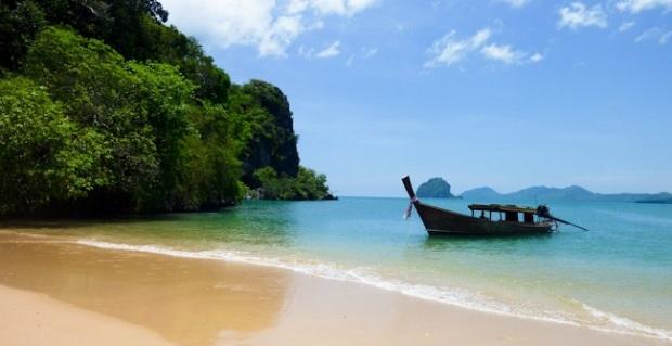Longtail on the beach, Koh Nok