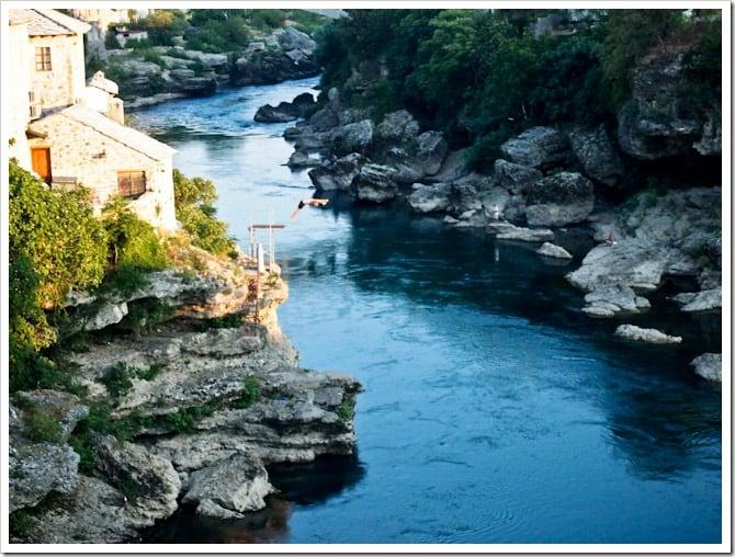 Diving man, Mostar