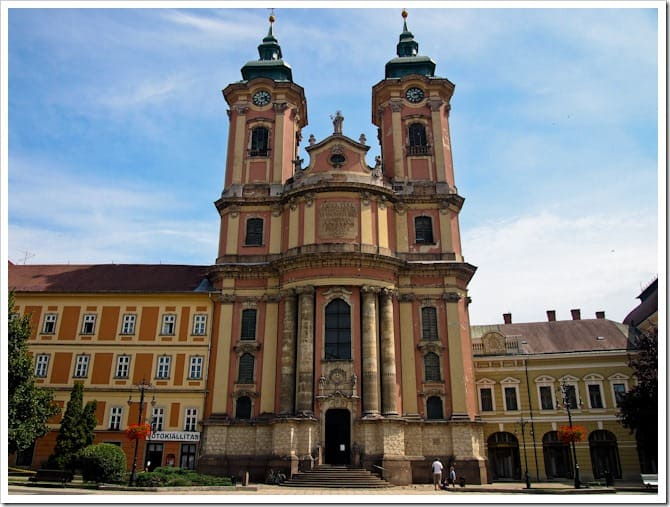 Town square, Eger