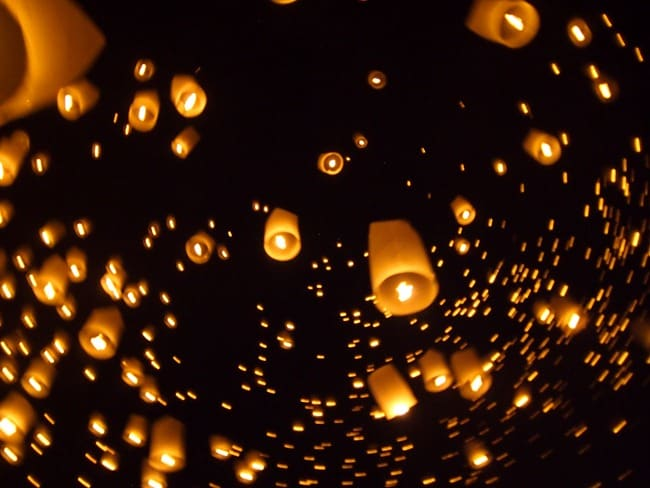 Swirling lanterns, Mae Jo