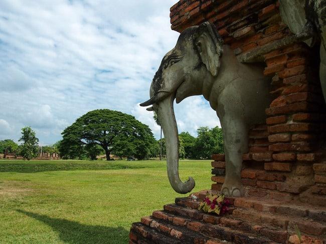 Sukhothai elephants