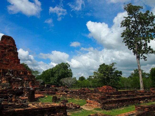 Sprawling ruins, Sukhothai