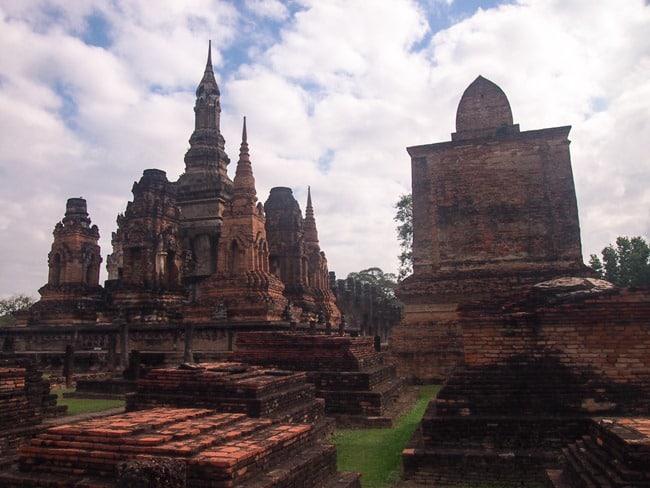 Restored wat, Sukhothai