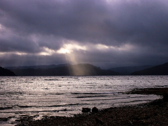 Ray of light,Lake Waikaremoana