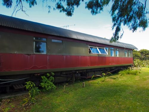 Train carriage room, Raglan