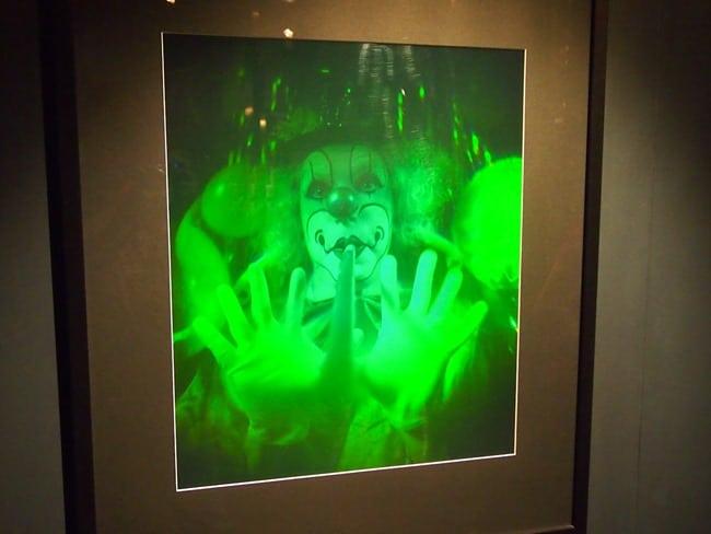 Clown hologram, Wanaka