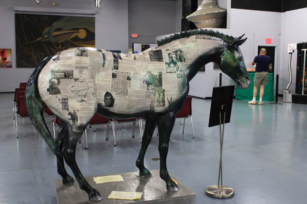 Newspaper horse