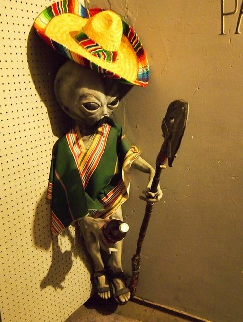 Sombrero alien