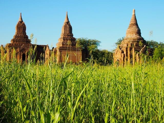 Grassy temples, Bagan