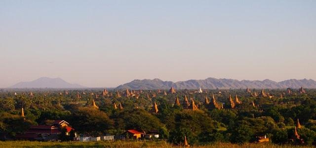 Temples everywhere, from Pya-tha-da