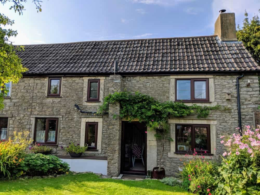 Cornflake Cottage, Cotswold Way