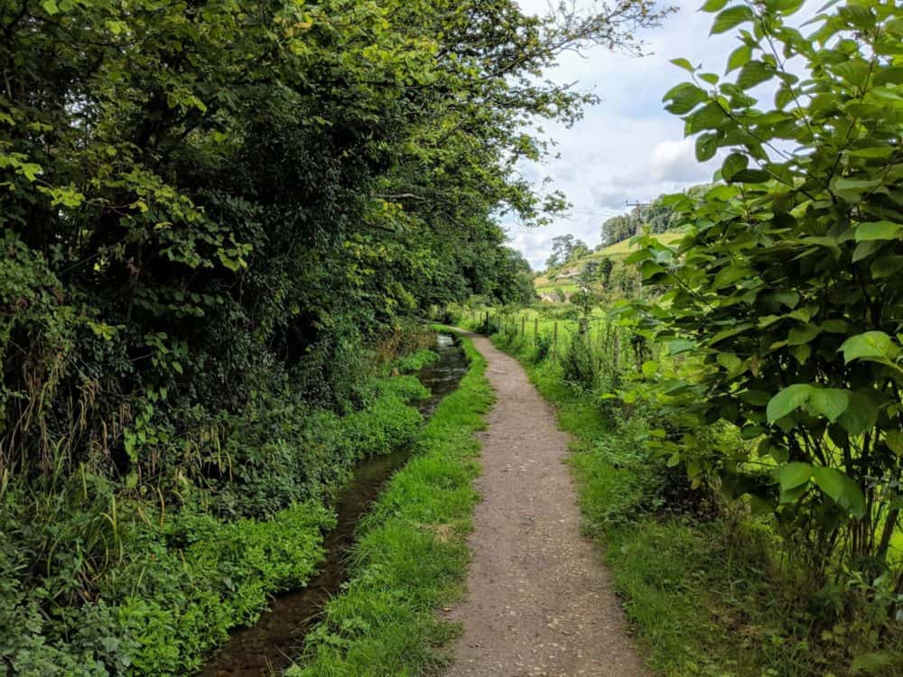 Path beside a creek, Cotswold Way