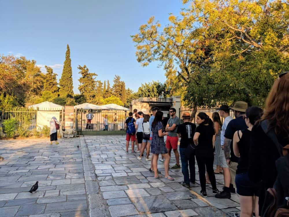 Line waiting to enter the Acropolis