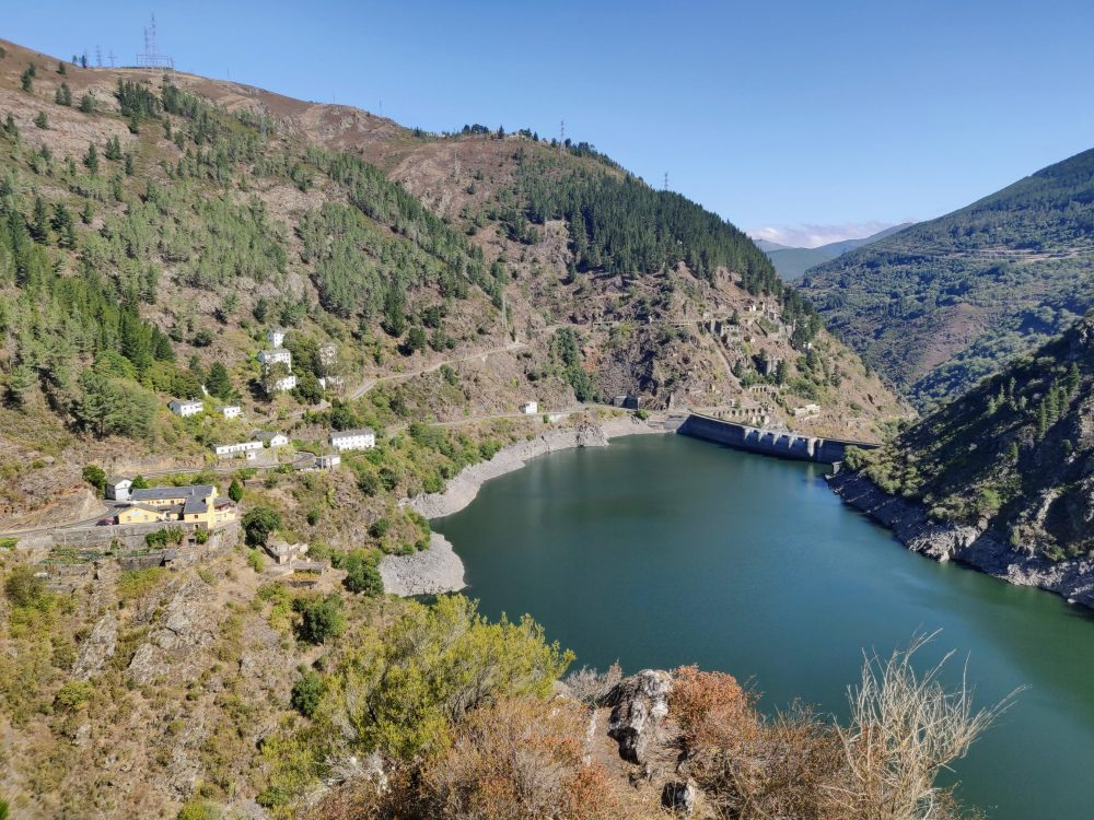 Looking over the Salime dam